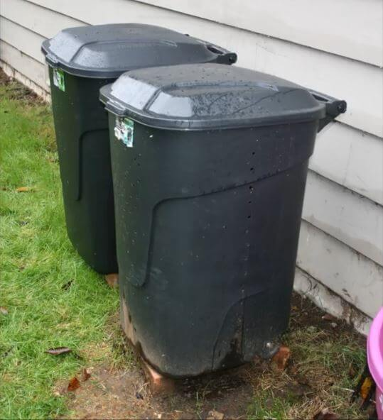 how to make a compostbin from a plastic dustbin