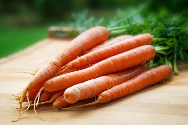 How To Grow Carrots From Scraps And Seeds